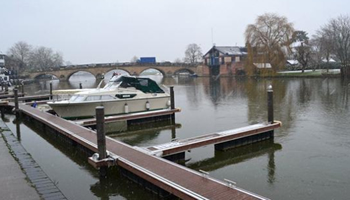 UK waterside home for sale: Henley-On-Thames, River Thames, Oxfordshire -