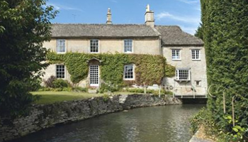 UK waterside home for sale: Burford, Oxfordshire -